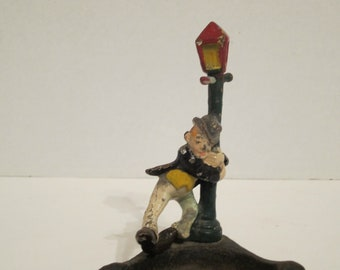 Vintage 'Drunk Man On Pole' Cast Iron Ashtray PRICE REDUCED