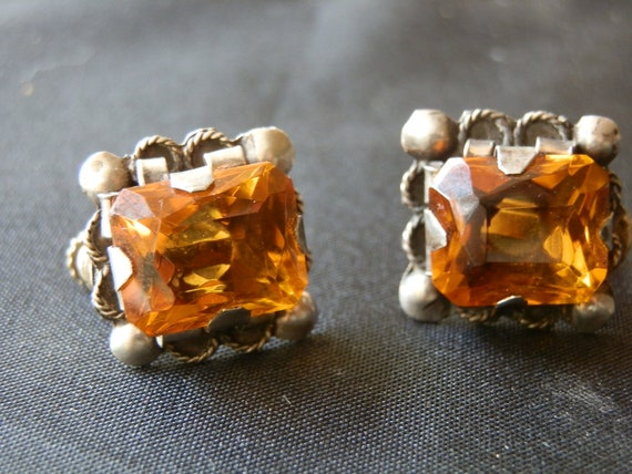 Vintage screwback Mexican silver and citrine color glass earrings. 1940s or earlier.