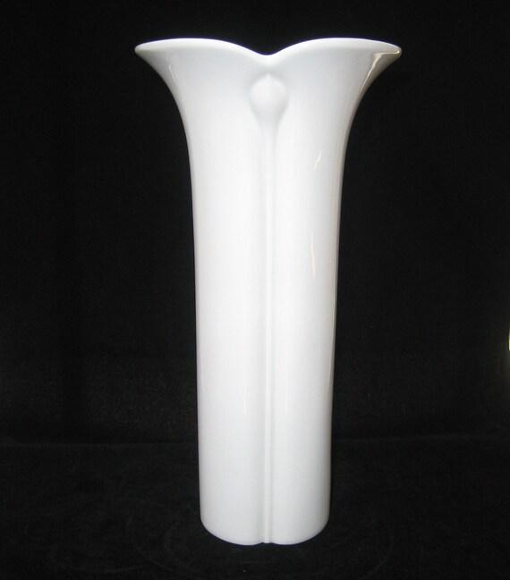 Arzberg Germany White Porcelain Modernist Tulip Vase - Mid Century