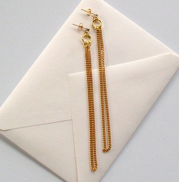 Extra long goldtone chain earrings with ear posts
