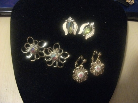 Vintage Clip on Earrings Different Styled Including Peridot and Aurora Borealis Crystals ALL for 5 USD