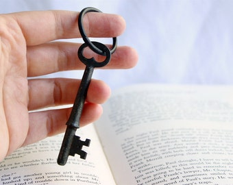 Antique Skeleton Key Classic & Simple Keychain Key Ring