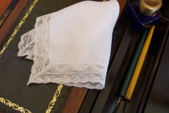Ivory Lace Handkerchief Vintage Bride's Hanky Something Old Wedding