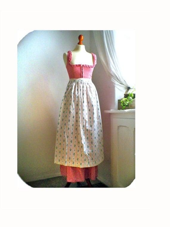 Vintage maxi APRON / floral cream / cotton / Bavaria pioneer/ dirndl