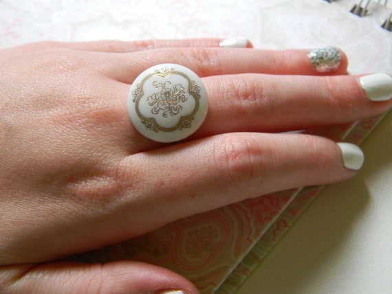 Vintage Button Ring - (white button with silver band)