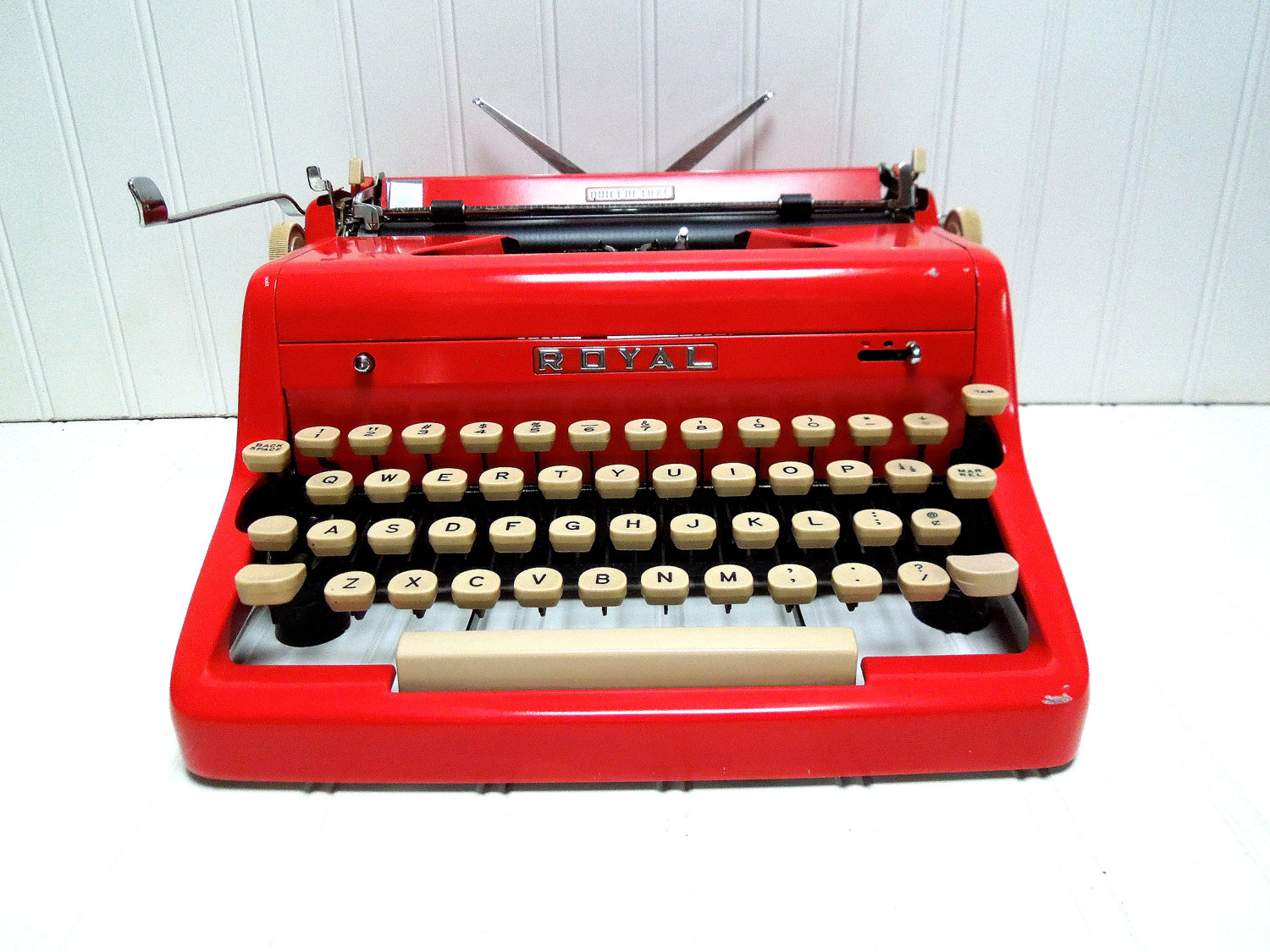 Vintage Typewriter For Sale 32