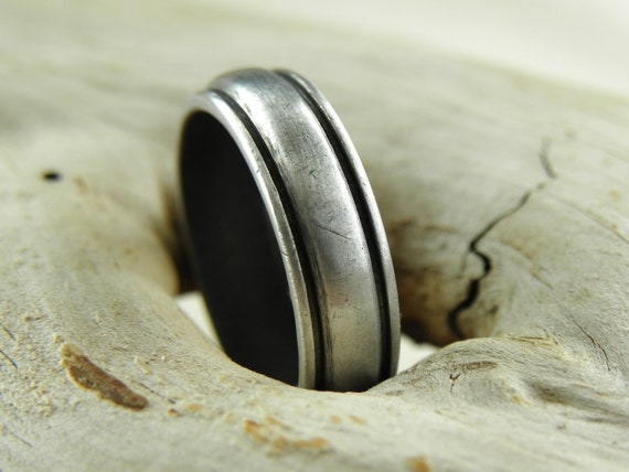Silver Ring - Grooved Band in Solid Aluminum - Size 8
