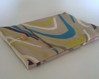 "13"" Macbook Laptop Case - Swirls Pattern"