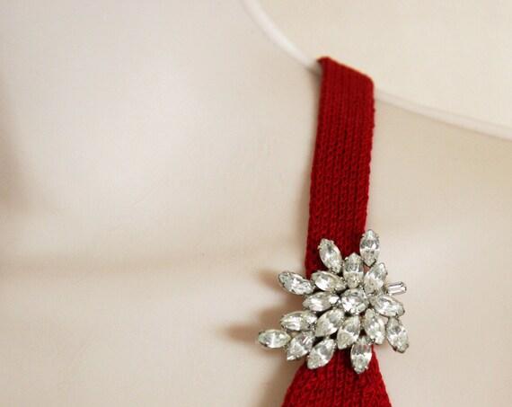 RESERVED FOR KAROLINA / Vintage 1940s Rhinestone Leaf Brooch