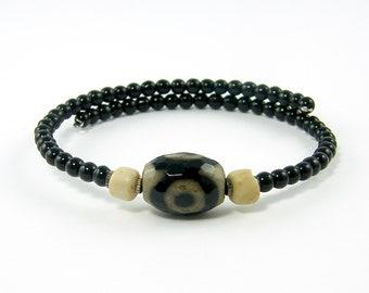 Tribal Bead Bracelet Black Bead Bracelet Boho Bracelet Black Tan African Trade Bead Rustic Unisex Bangle Agate Bracelet Memory Wire  BC2-24