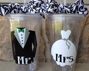 Set of 2 Personalized Bride and Groom Tumblers with Lid and Straw