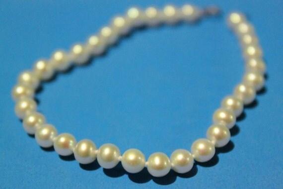 Vintage Real Pearl Bracelet.