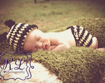 Newborn Bumble Bee Photo Prop Set- bee photo prop- newborn bee costume- baby bee hat- newborn bumble bee costume- baby bee photo prop
