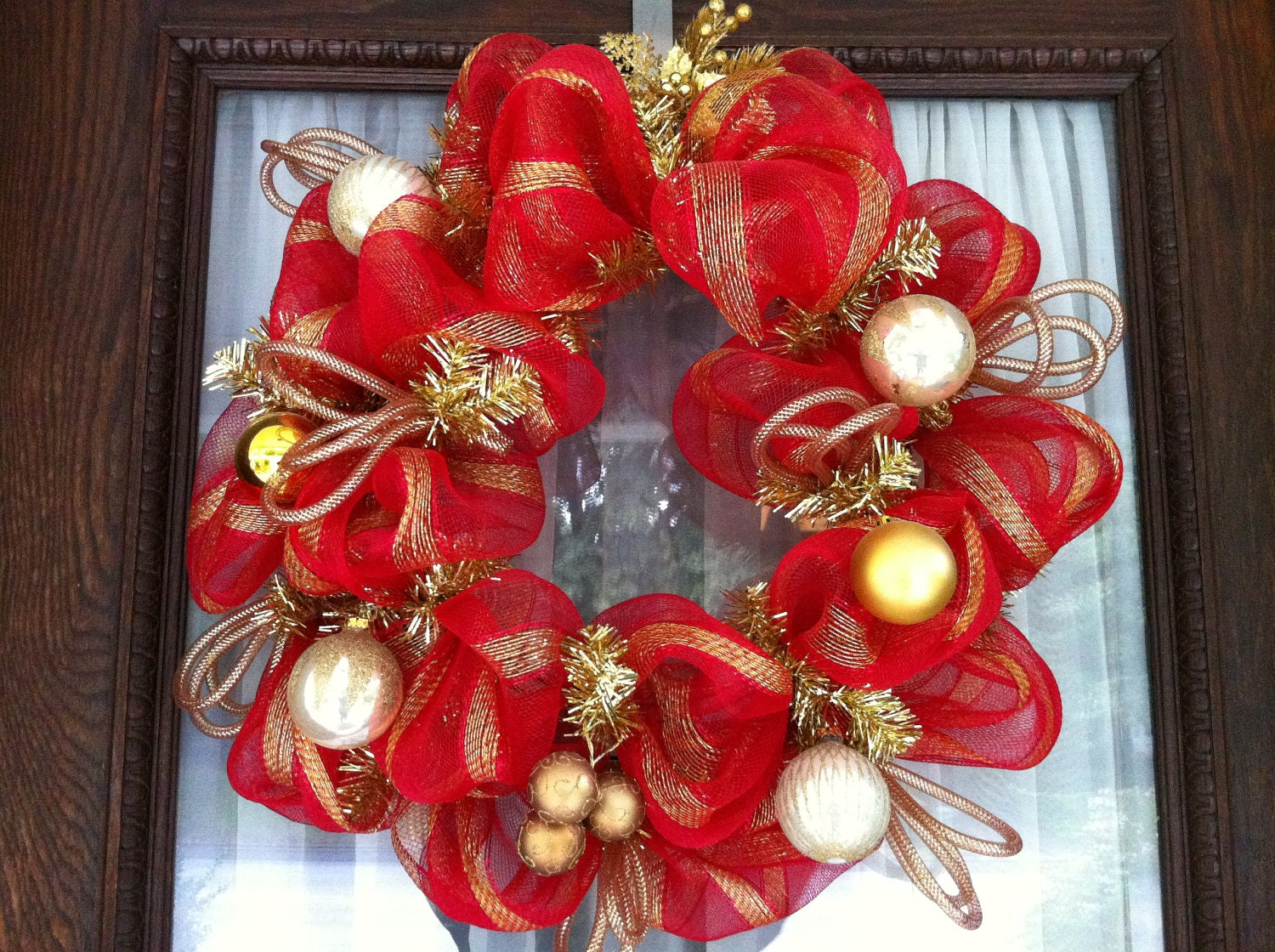 Red and gold christmas mesh wreath with vintage by wreafs
