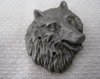 Vintage Pewter Wolf Head Pin