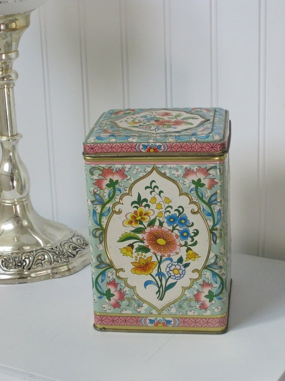 English Floral Tin with Hinged Lid