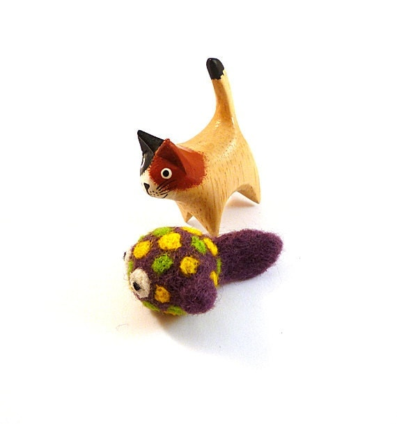 Purple Spotted Fish Catnip Cat Toy - Needle Felted Wool
