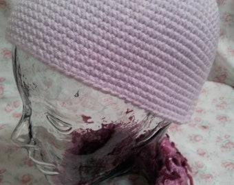 Crochet beanie hat in lilac wool