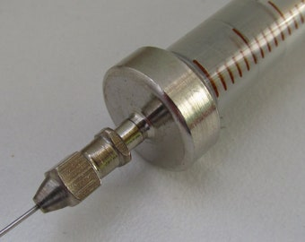 Vintage glass Syringe with 1 vintage needle  - vintage  medical equipment, coming with original package