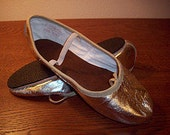 You will love these soft leather full rubber  sole ballet flats