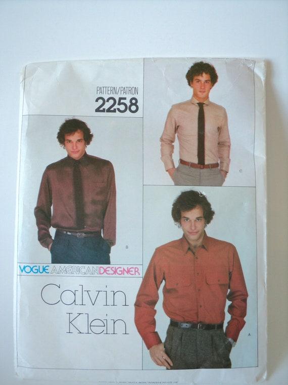 Vintage Pattern Vogue American Calvin Klein 2258 Men's Shirt, American Designer Uncut