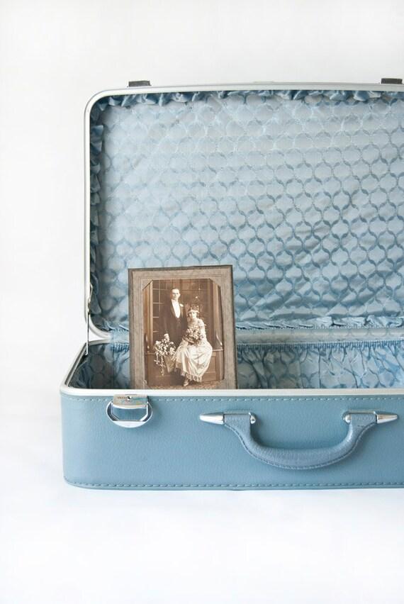 Vintage Luggage Amelia Earhart Blue Suitcase