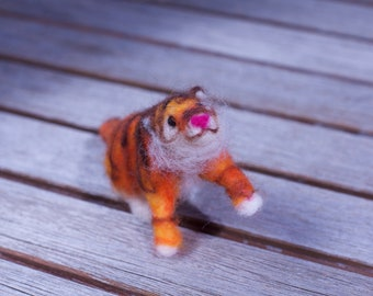 Needle-Felted Tiny Tiger