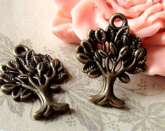 21 mm x 17 mm Antique Bronze Tree Charm. (.tn)