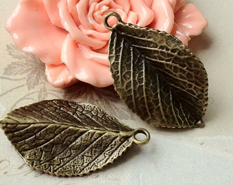 35 x 20 mm Antiqued Bronze Big Leaf Charm Pendants (.nm)