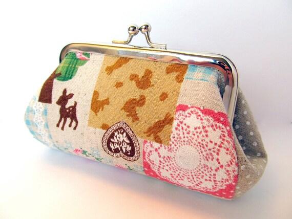Coin purse Kawaii Neutral Pink Woodland animals Lace doily Zakka Patchwork Clasp Kiss lock Change purse