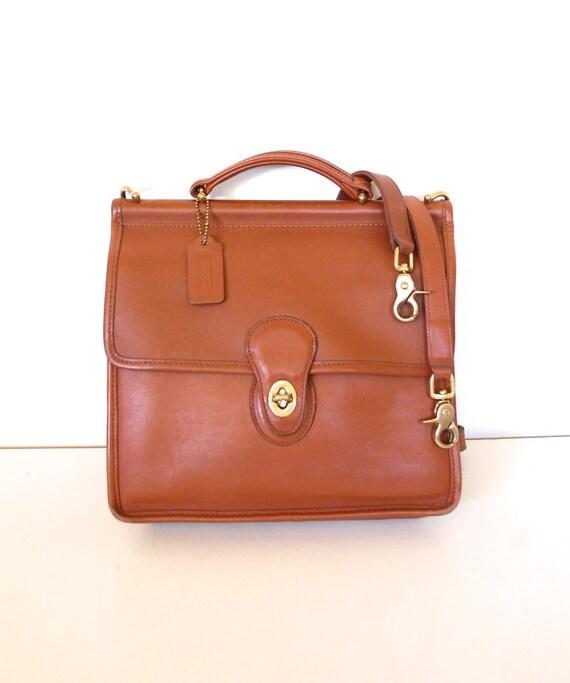 Vintage COACH Gorgeous Willis Bag in British Tan