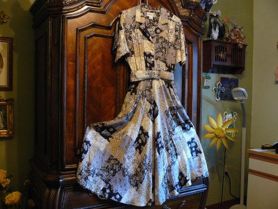 Vintage Floral Print Karin Stevens Dress