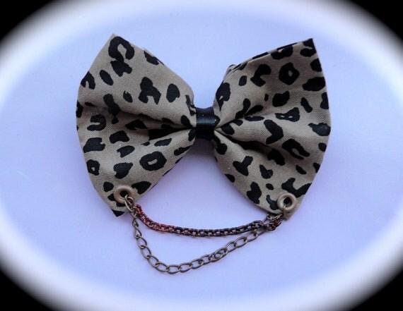 Cheetah Print bow with Chain