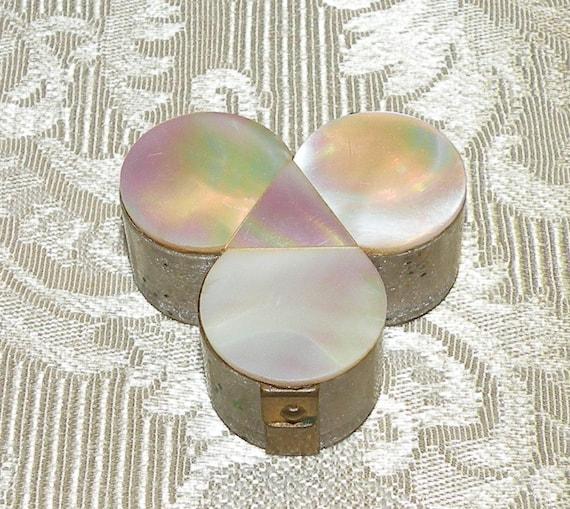 Vintage Clover Trinket Box Pill Box Gold Tone Clear Plastic Hinged