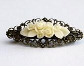 Clip Hair Barrette - Cream Flower Bouquet - Bride Choice