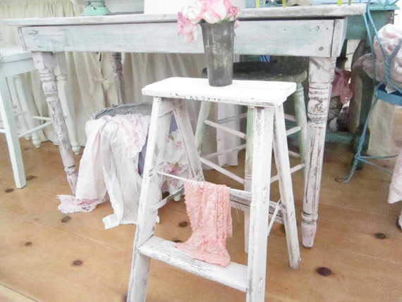 Vintage pink ladder  stool