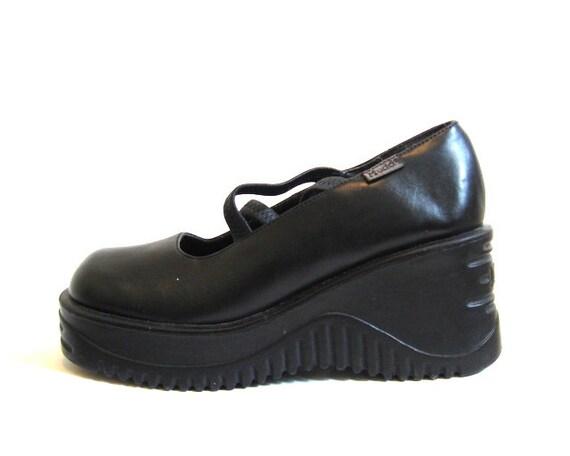 mudd vita cyber wave platform shoes size 6 by
