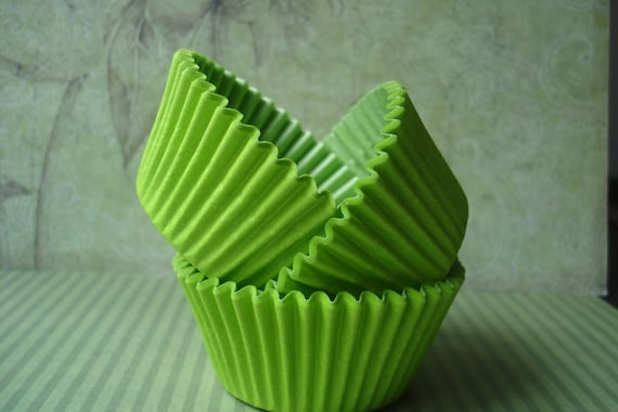 Lime Cupcake Liners, Paper Baking Cups (100)
