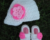 Newsboy Hat and Mary Jane Booties with Flowers - White Pink - Baby Girl - Any Color/Size - Shoes Cap - Newborn Shower Gift - Knit Crochet
