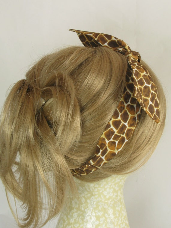 Retro Hair Tie, Rockabilly Hair Bow, Giraffe Fabric, Summertime Fashion