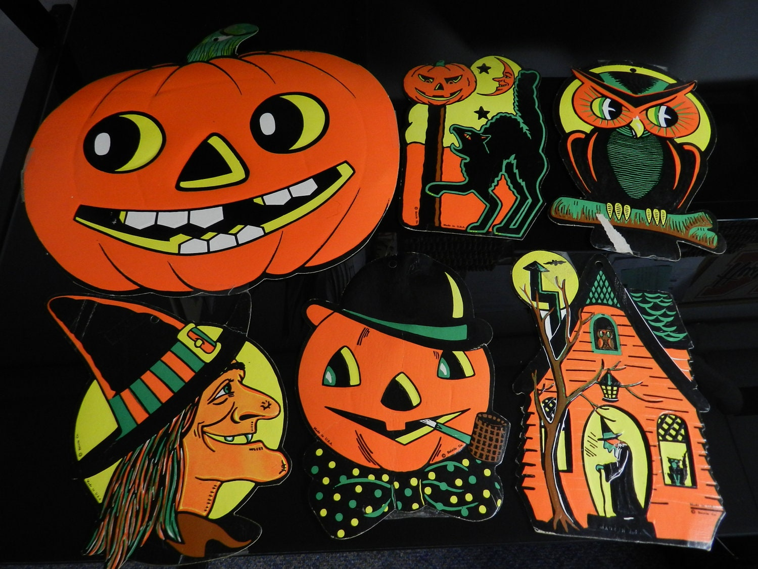 Vintage beistle halloween die cut decoration cardboard diecut for Antique halloween decoration