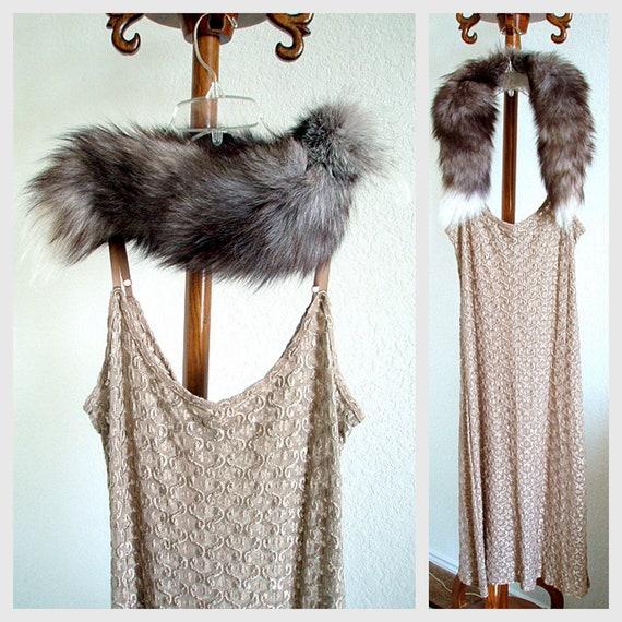 Lavish 1940s Fur Collar Two Tone Fox Vintage Foxtrot Stole Silver Grey Gray White Ladies Winter Accessories