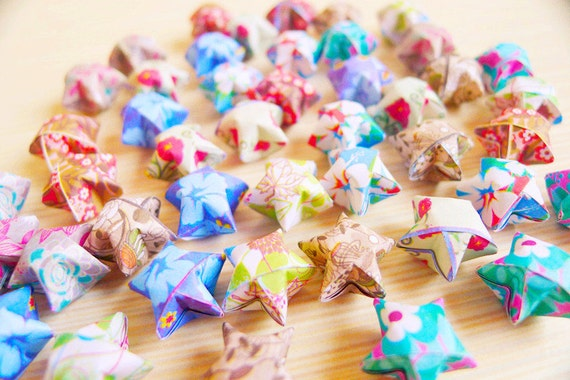 100 Cute Origami Stars Mixed Flowers Pattern