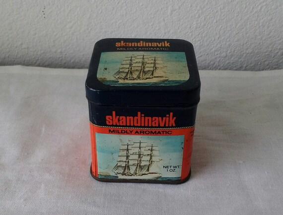 Vintage Skandinavik tobacco tin