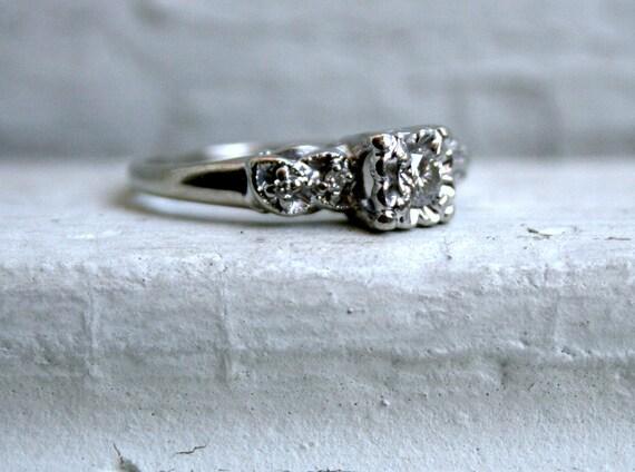 Fancy Five Stone Vintage 14K White Gold Diamond Engagement Ring - 0.28ct