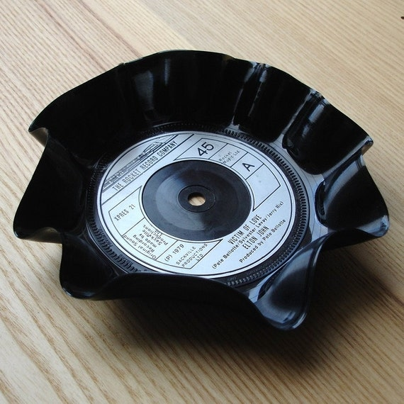 Trinket Coin or Jewellery Bowl Upcycled from 45 rpm Vinyl Record