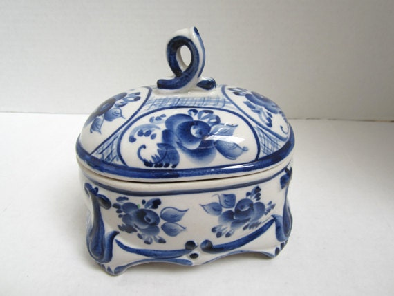 Vintage  Blue and White Candy Dish Made In Russian c.1980's