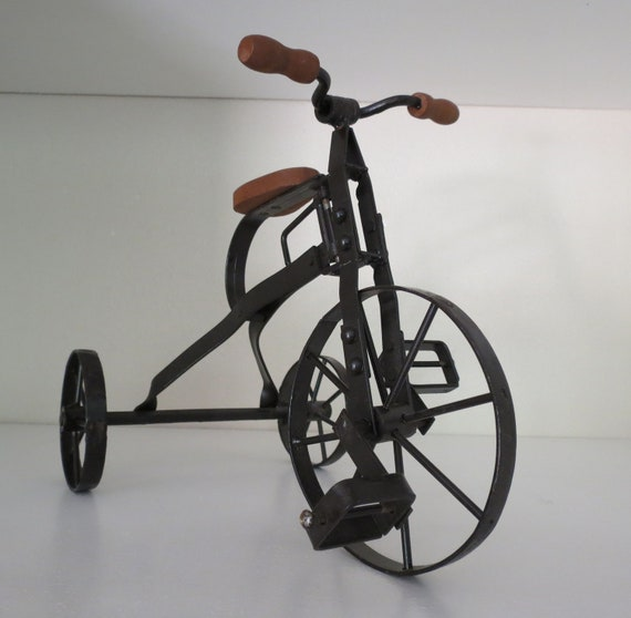 Vintage Collectible Rustic Iron Tricycle