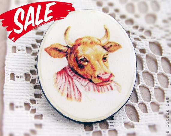 SALE - Cow brooch - Taurus jewelry.