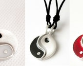 Ying Yang Necklace and Pendant Jewelry Silver Pewter New Yoga Taoism Yin Yan